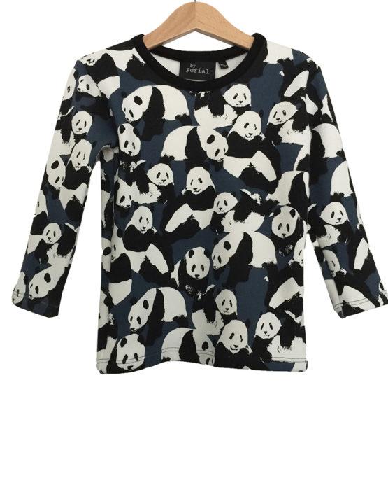 panda sweater 1