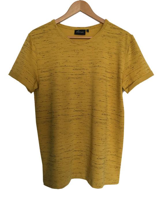 okergeel shirt met kleine zwarte print1